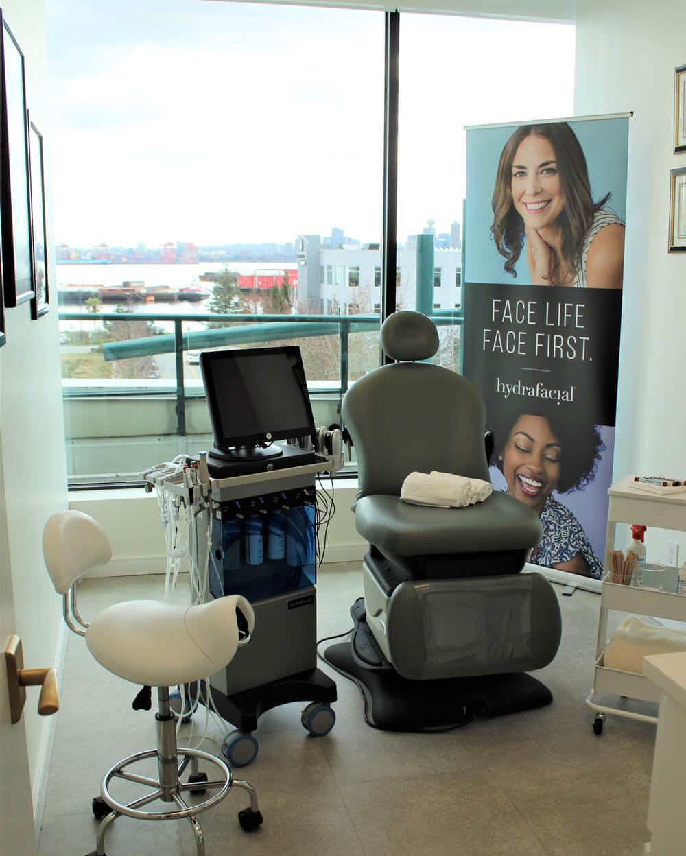 Celebrity Haydra Facial Room