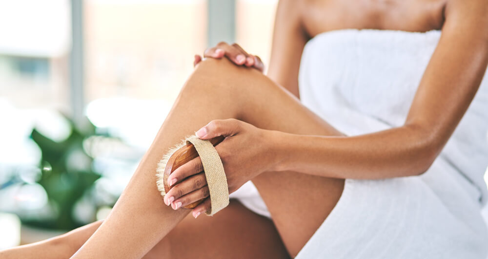 Effect of dry brushing on removing cellulite