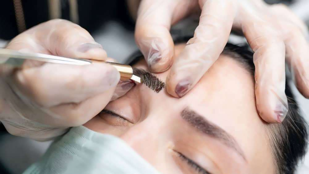Microblading different from tattoo techniques